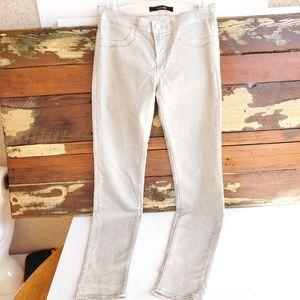 🎉3/$20 Cream & Silver Super Skinny Jean's Sz 26